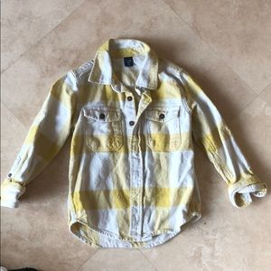 Gap boys yellow and white flannel top